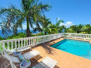 Sea Palms: Full AC! Interior Access to All Bedrooms!, Cruz Bay