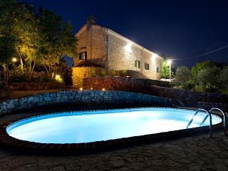Villa lindraze, Dobrinj