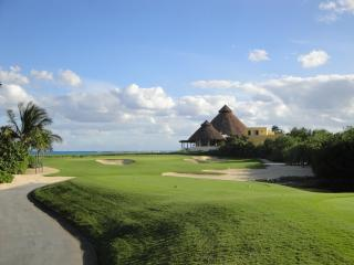 Golf View Residence- 3 bedrooms with private pool, Playa del Carmen