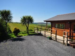 WOLOD Log Cabin situated in Barnstaple (3mls NE)