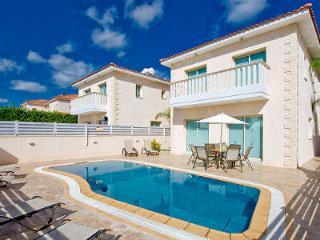 Protaras Deluxe Villa Tetra