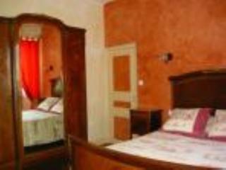 A la Vieille Cure : chambre Acajou, Annonay