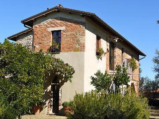 Casa Oliveto, Castelmuzio