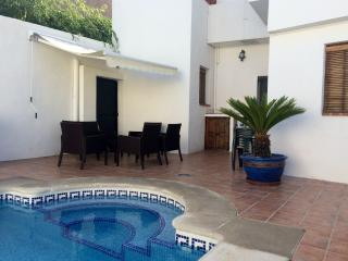 Casa Rosa luxe townhouse,heated pool,airco,WiFi., Province of Granada