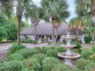 Large 4 bedroom Sandestin Home Available Now! Free Shuttle Included!