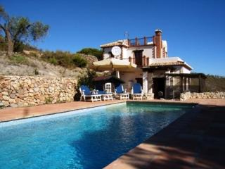 Mountain villa GOLONDRINAS 20.000mtr land, pool, Villamena