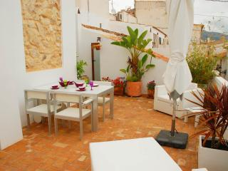 luxurious town house with fantastic 40m terrace, Altea