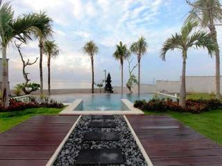 Arjuna, Luxurious 2 Bedroom Beach View Villa, Sanur