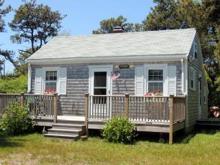 89 Fairgrounds Road, Nantucket