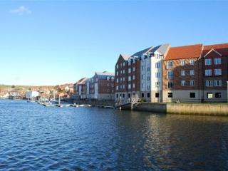 Whitby Harbour Apartment, with a wonderful view!