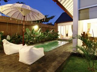 Villa Cavalia, Luxury 3 Bed Villa Oberio, Seminyak