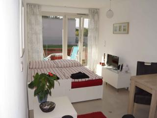 comfortable bright appartment, Tubingen