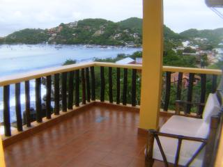 A room with a view one bedroom w kitchen, Zihuatanejo