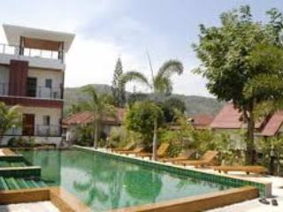 2 bedroom apartment 1 km from Nai Harn Beach, Phuket