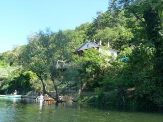 La Brise Papillon - riverside views Puy L'Eveque, Puy-l'Eveque