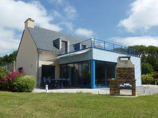 27686 Seaside Brittany villa with indoor pool, Moelan sur Mer