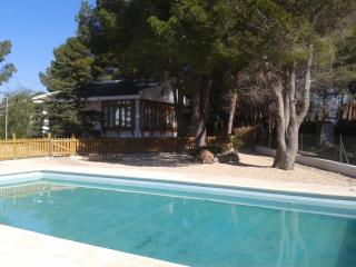 TORRENTE-Over the sea, private swiming-pool, BBQ and free WIFI