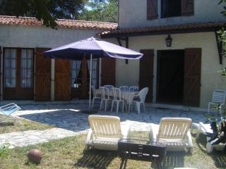 villa 50m de la plage ,dans domaine privé