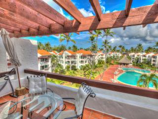 Neat 2 Bedroom Apartment next to the Beach S-I401, Bávaro
