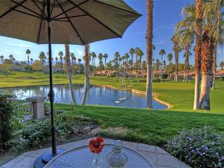 Palm Valley CC-(VS573) All New Kitchen and Close to Pool and Spa!, Palm Desert