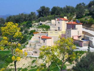 Villa Maroulas, Asteri
