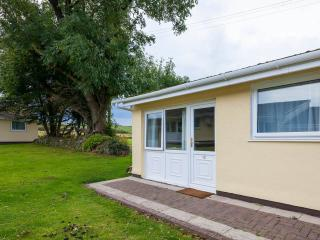 12 meadowside bungalows, Manorbier