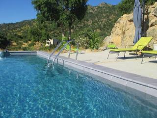 Extremadura country house, lovely views & pool
