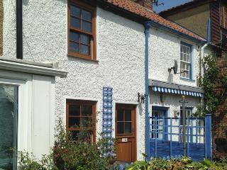 27133 - Albert's Cottage, Warham