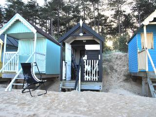 64827 - Beach Hut 193 (Wells-N, Warham
