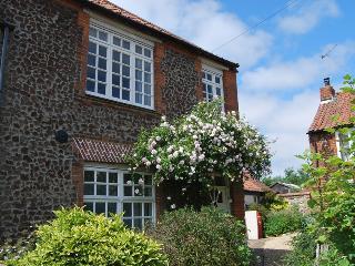 76353 - Weavers Cottage, Docking
