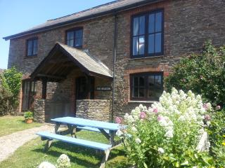Bigbury on Sea South Devon 3 bedroom cottage close to the beach and Burgh Island