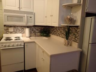 Lakefront Townhouse  5 Star LOCATION