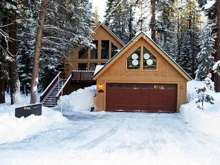 Aloha Cabin - Great Vacation, Ski and Summer Lease Home!, Truckee