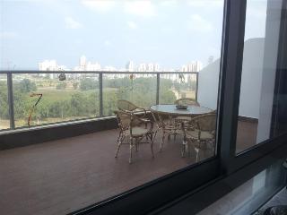 Beautiful duplex apartment with sea views and large balcony, Agamim, Netanya
