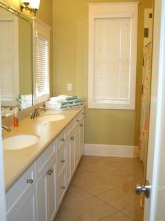 Bathroom - 2nd Floor Main House