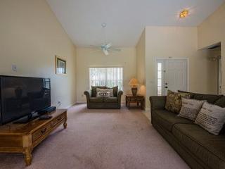 2481HD. 3 Bedroom 2 Bath Pool Home in Kissimmee
