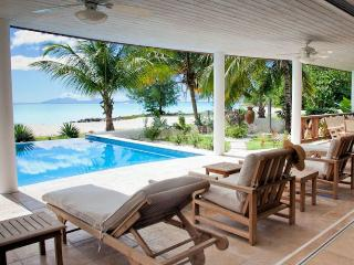 Villa Nirvana Beach House - Jolly Harbour, Antigua - Beachfront, Gated