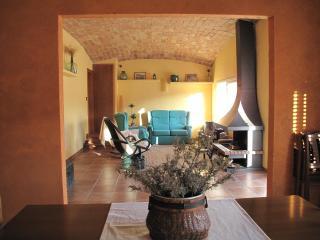 Cosy home close to the sea in El Port de la Selva