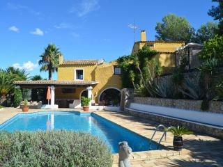 Villa Penedes Villa in Sitges, villa rental in Sitges, holiday rental in