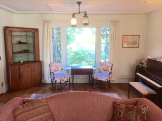 979 Seaview Ave, Osterville