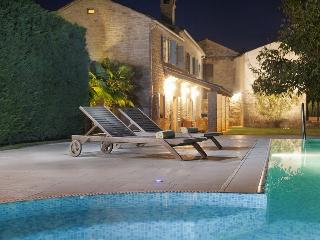 Beautiful Villa In Countryside With Swimming Pool, Pazin