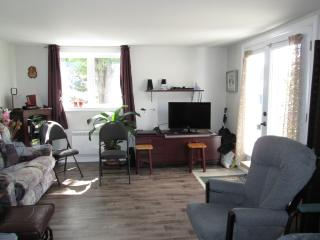 beautiful 3 1/2 for rent short term, style condo, Sainte Brigitte de Laval