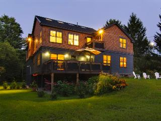 Beautiful New Construction Vacation Home, Stockbridge