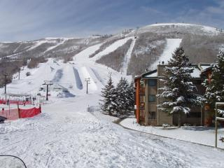 Snowflower Park City 2BR/2BA Ski-In, Ski-Out Condo