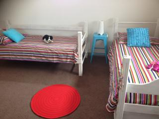 3rd bedroom 2 singles