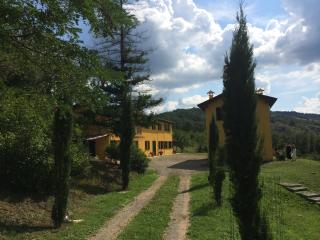 Hilltop Villa Hideaway with Pool, Bologna