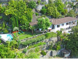 Elegant Villa with breath taking lake views, Ronco sopra Ascona