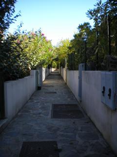 Vialetto accesso retro