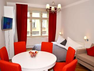 Classic 2BDR suite by Ruterra, Prague