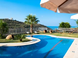 Villa Joanna-Spacious and Luxurious near Rethymno!, Rethymnon